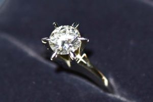 Pt850 0.83ctのダイヤモンドリングをお買取させていただきました