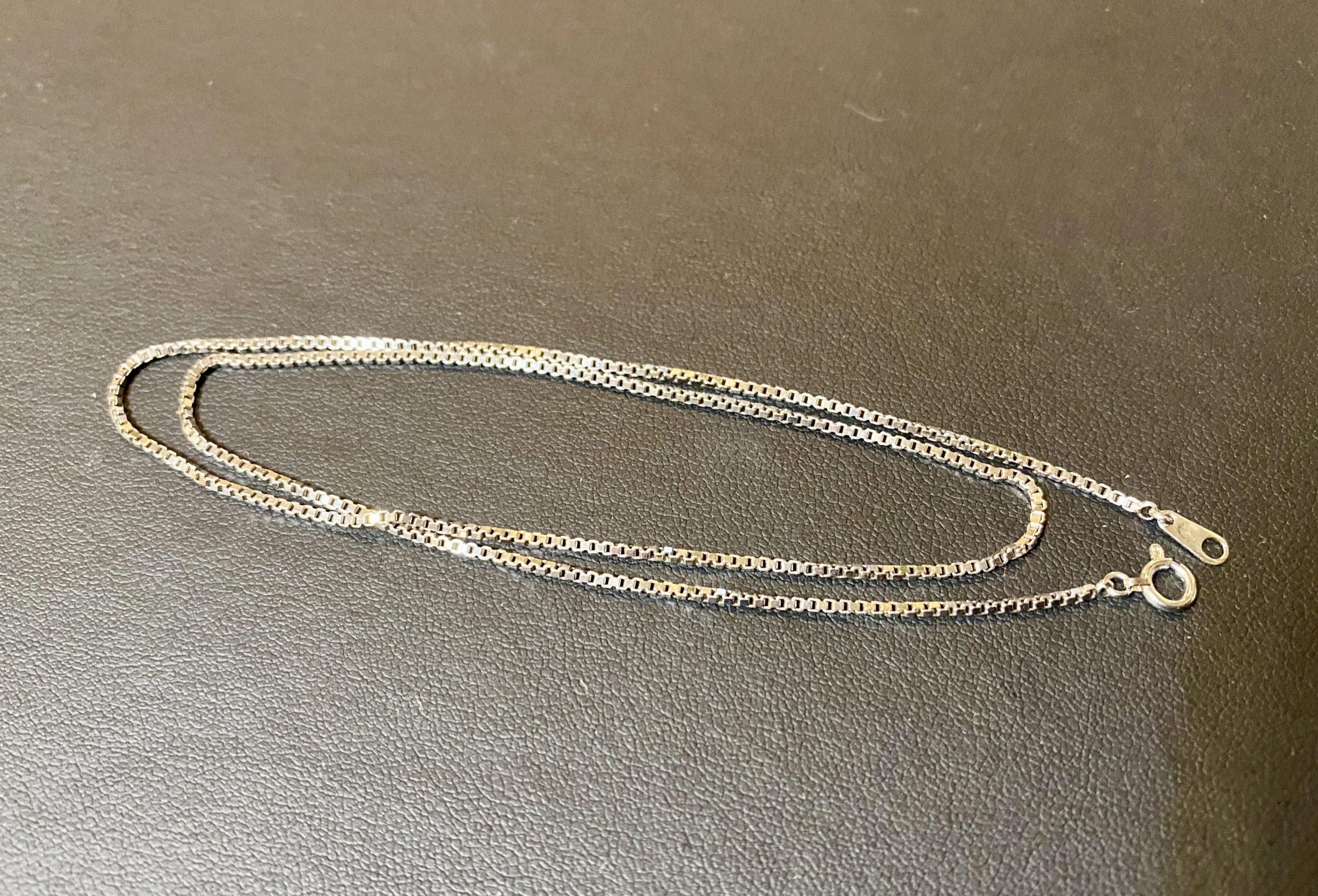 金(ホワイトゴールド,K18WG)ベネチアンチェーンのネックレスをお買取!価格の相場は?