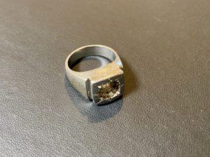 プラチナ(Pt900)の印台リング・指輪をお買取!価格の相場は?