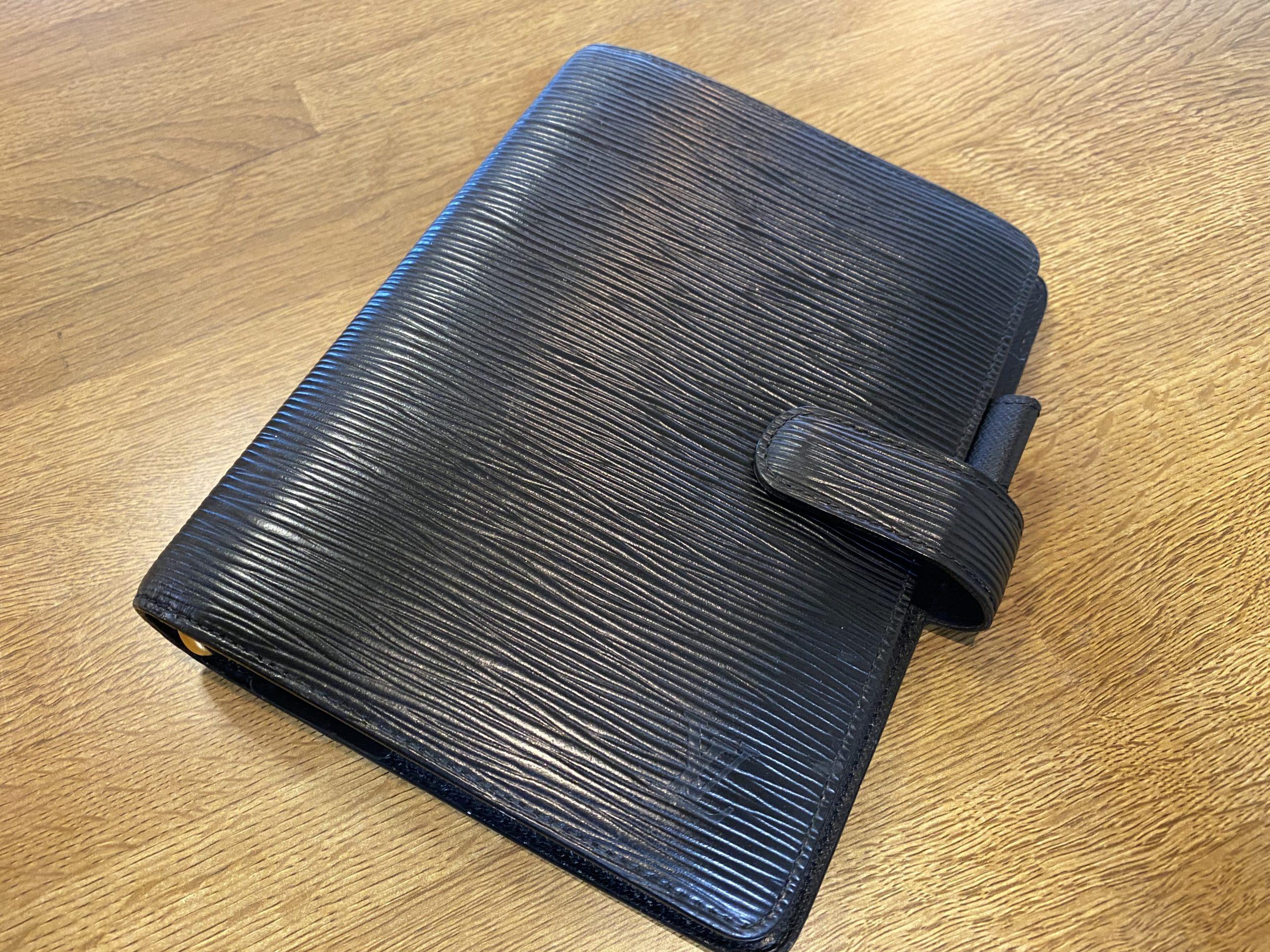 ルイヴィトン エピ アジェンダMM 手帳カバー R20202をお買取させていただきました。