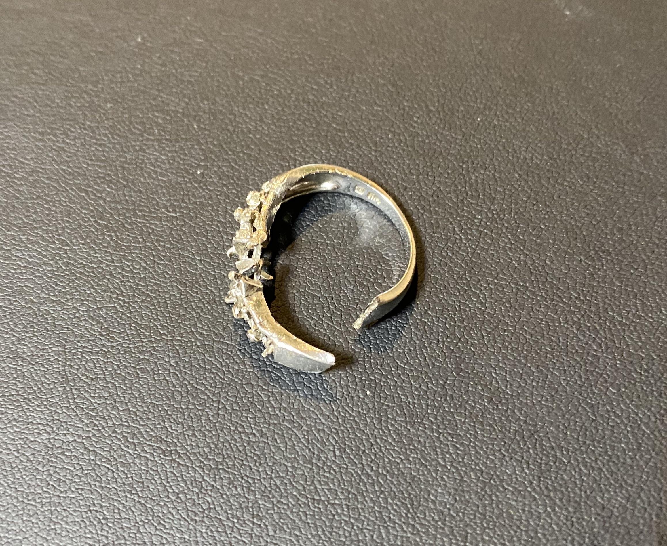 プラチナ(Pt950)壊れたリングをお買取!価格の相場は?