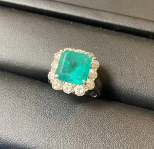 プラチナ(Pt850)ダイヤつき指輪をお買取させていただきました。