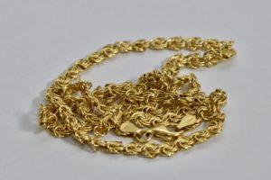 金(K18,18金)ネックレスをふじみ野市にお住まいのお客様からお買取!価格の相場は?