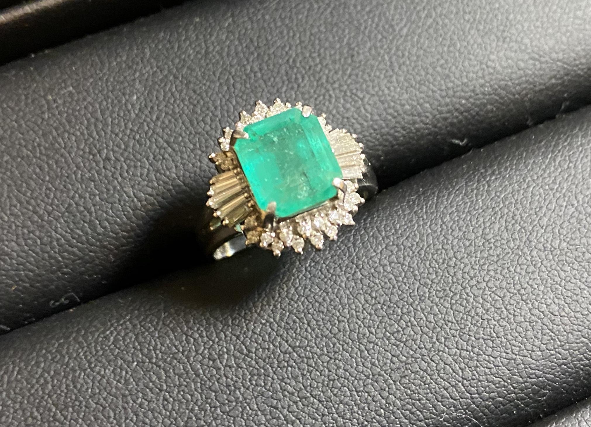 プラチナ(Pt950)エメラルドの指輪,リングをお買取させていただきました。