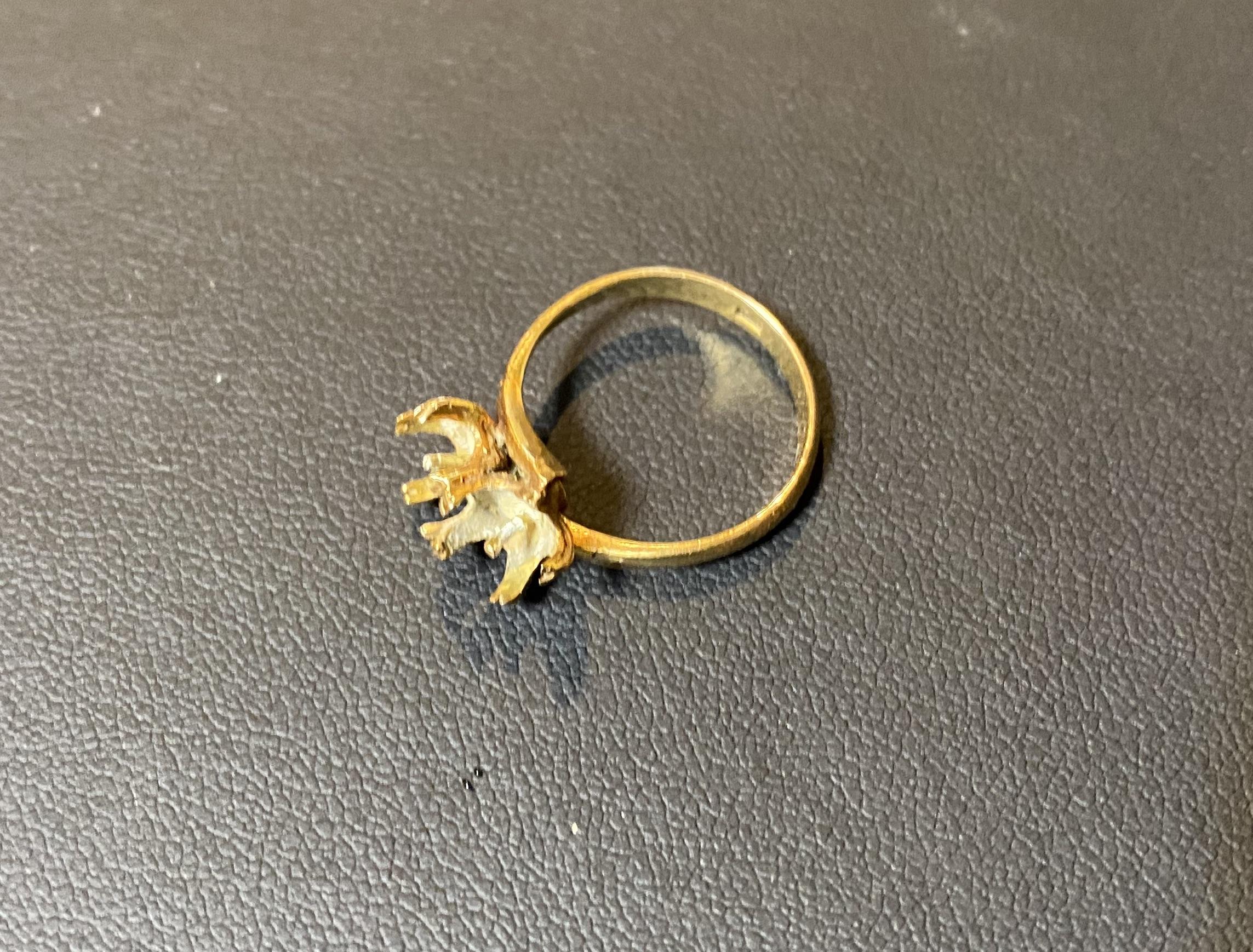 金(K22,22金)壊れた指輪,リングをお買取!価格の相場は?