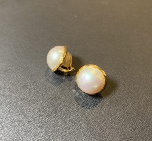 金(K18,18金)マベパール/真珠のイヤリングをお買取させていただきました。