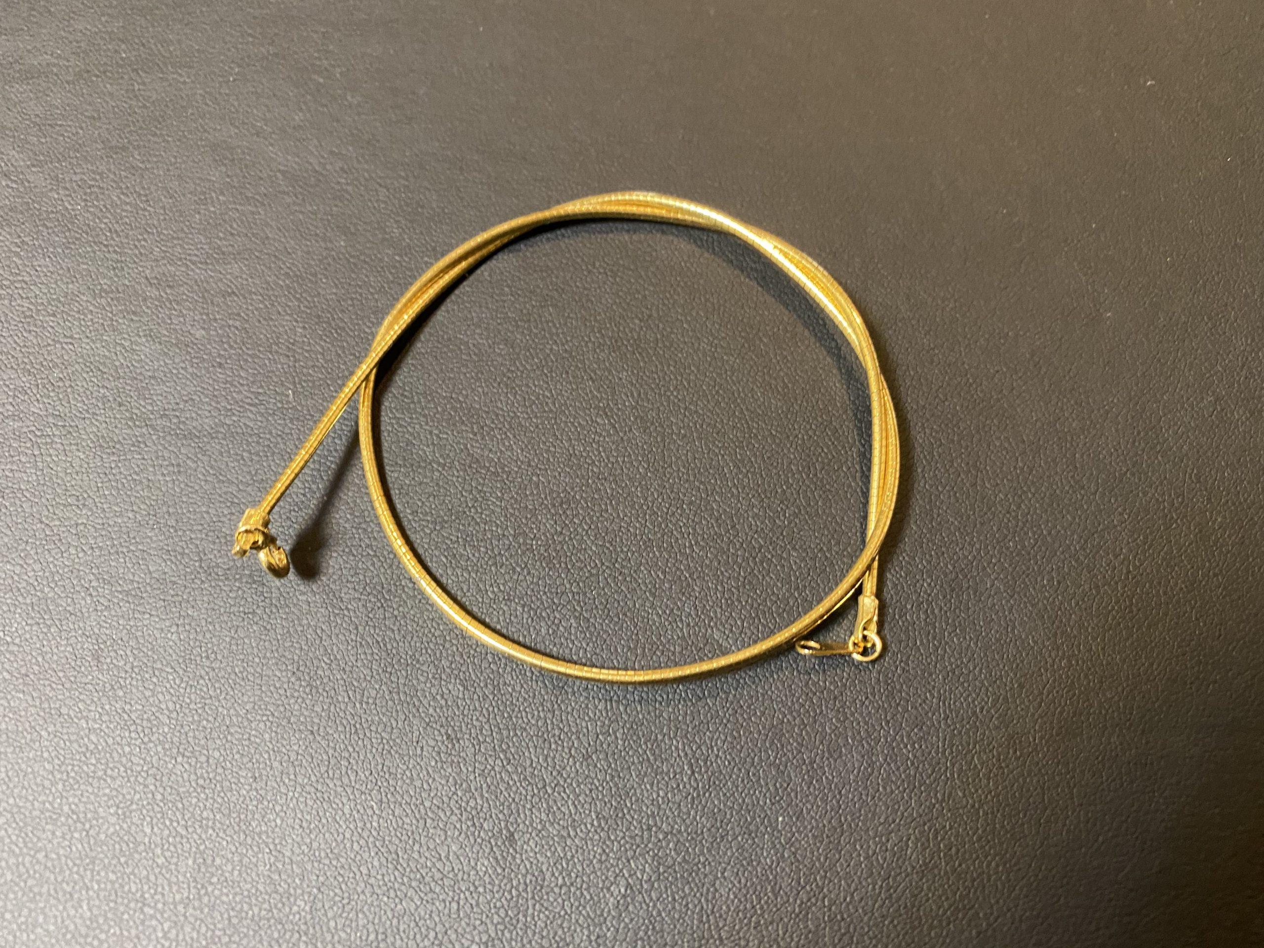 金(750刻印,K18)のネックレスをお買取!価格の相場は?