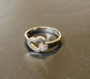 金(K18,18金)ヴァンドーム青山 ダイヤモンドリング,指輪をお買取させていただきました。