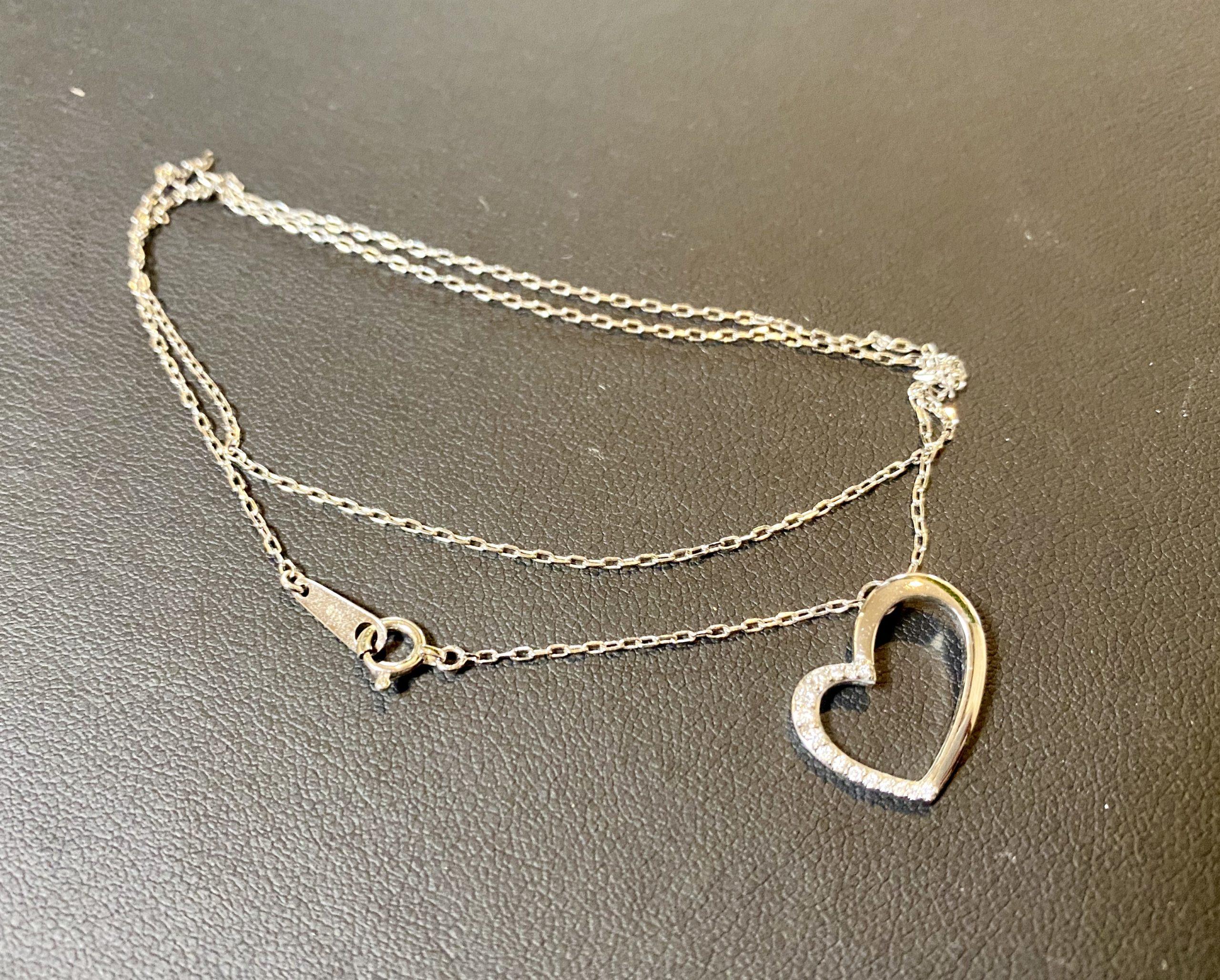 金(K18,18金)ヴァンドーム青山 ダイヤモンドネックレスをお買取させていただきました。