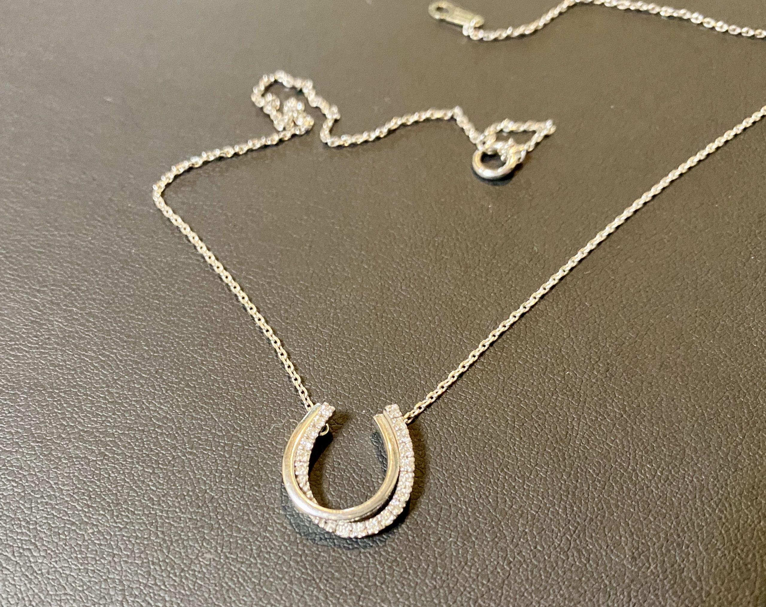 金(ホワイトゴールド,K18WG)ヴァンドーム青山 ダイヤモンドネックレスをお買取させていただきました。