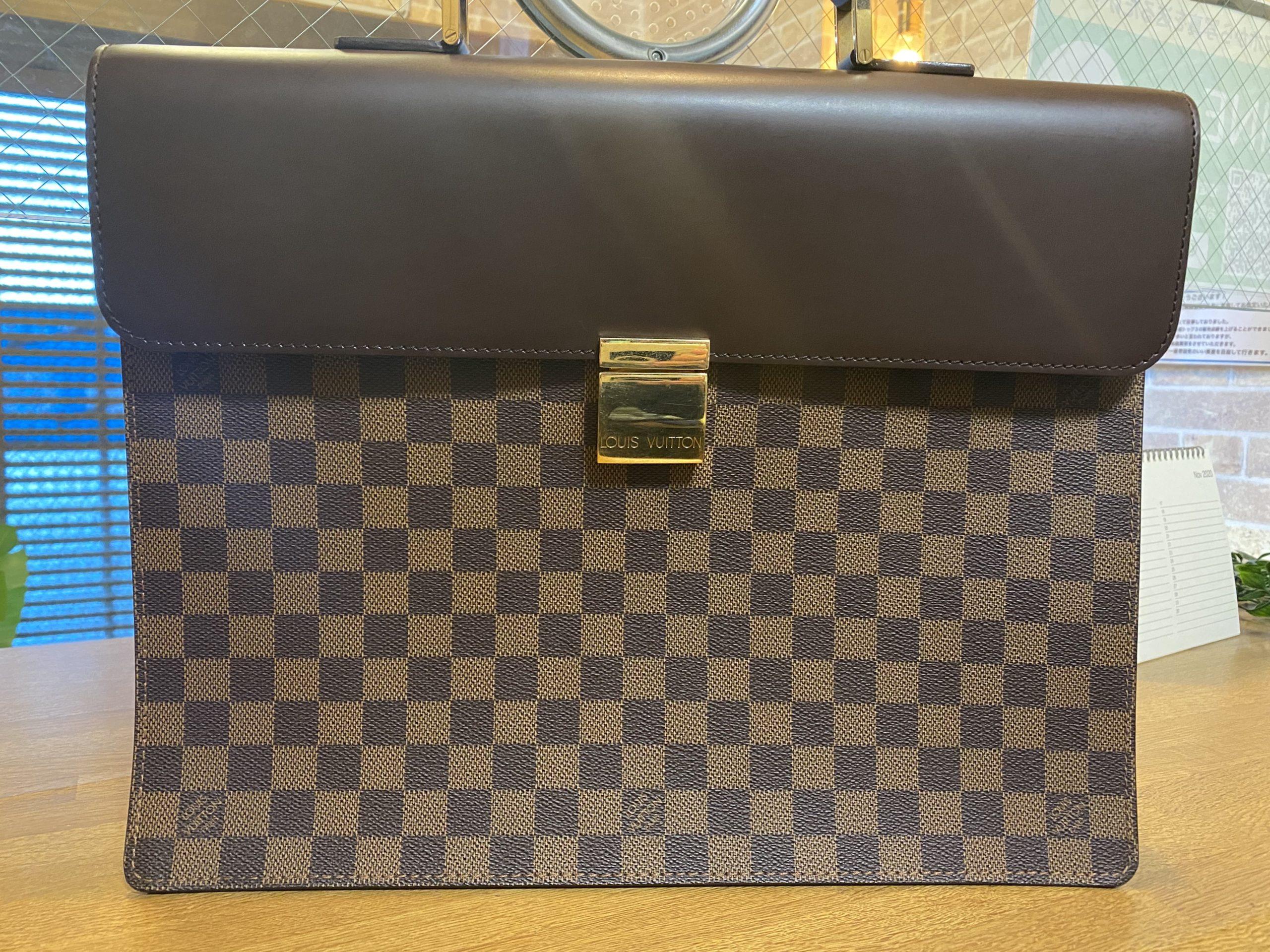 ルイヴィトン ダミエ アルトナPM N53315をお買取させていただきました。