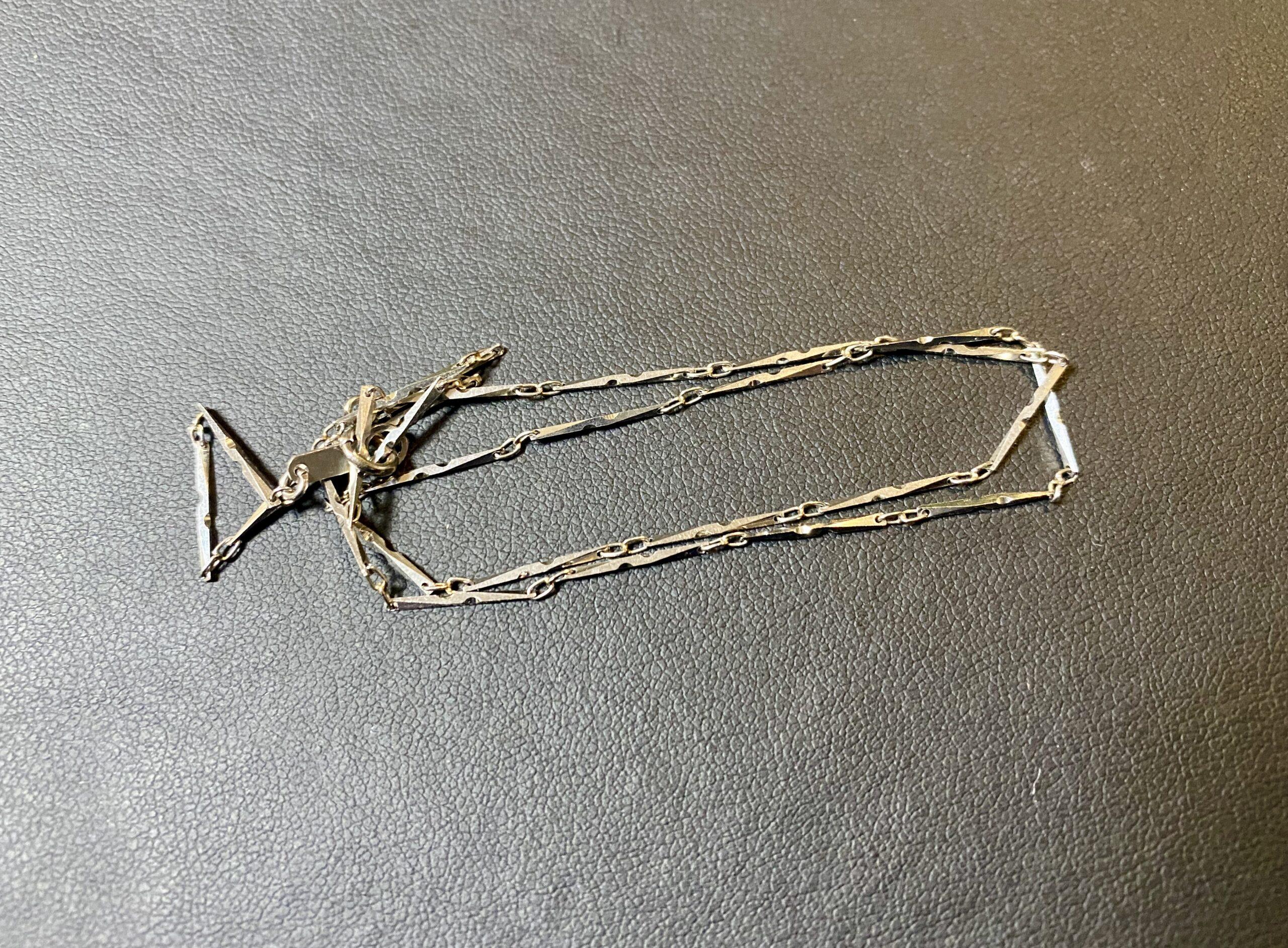 プラチナ(Pt900)切子ネックレスをお買取!価格の相場は?