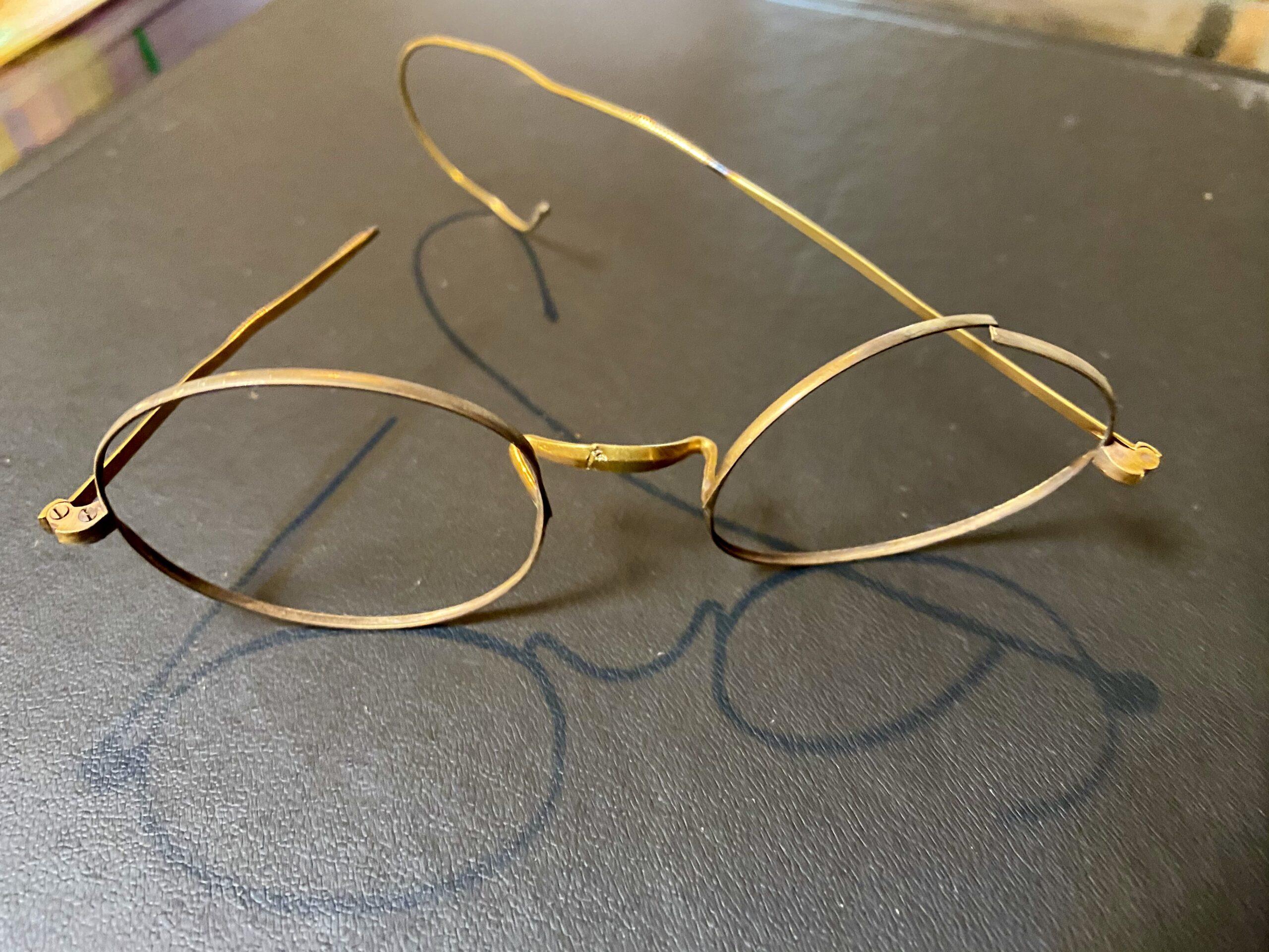 金(K20,20金)メガネフレームをお買取!価格の相場は?