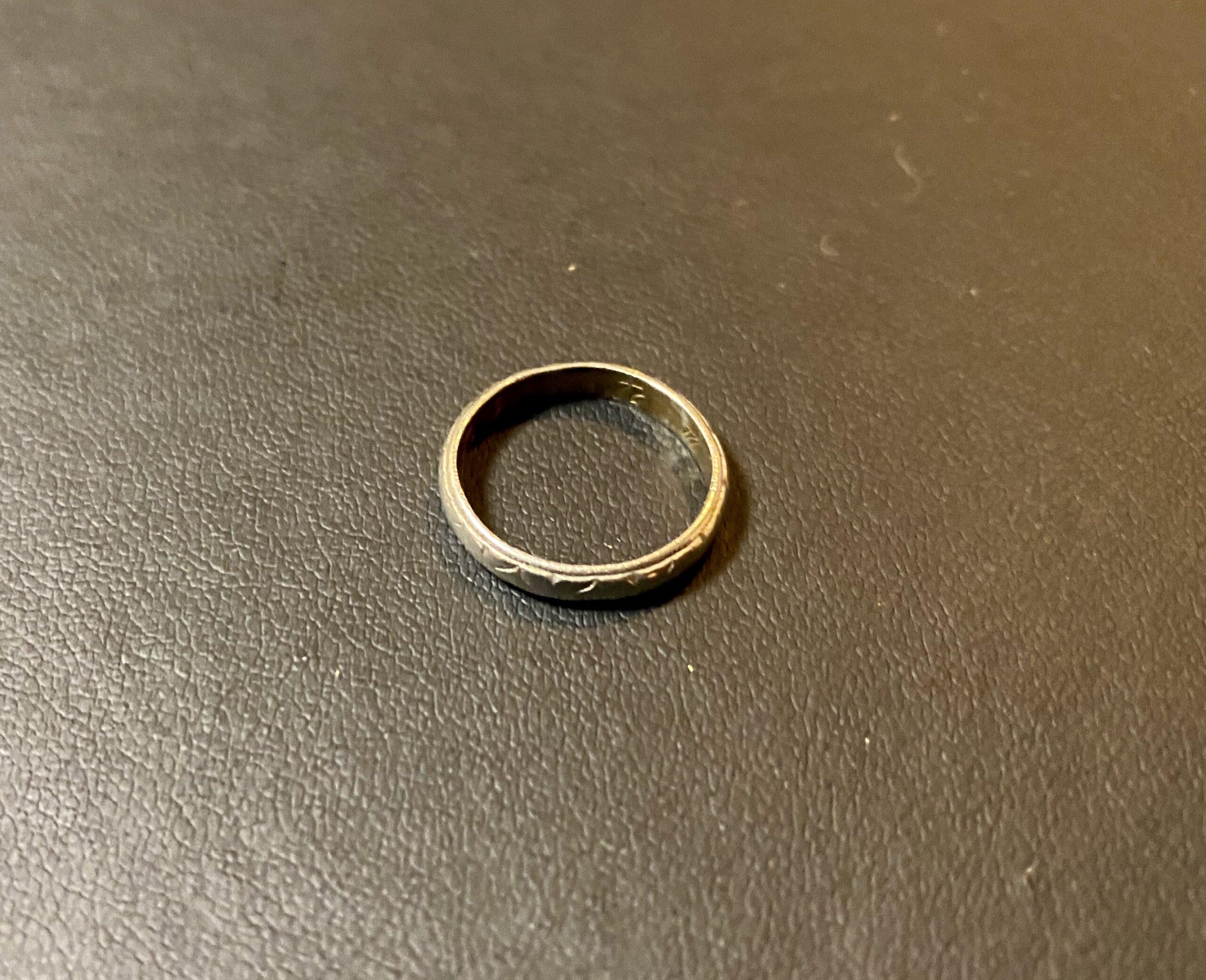ホワイトゴールド(18金,K18WG)の指輪,リングをお買取!価格の相場は?