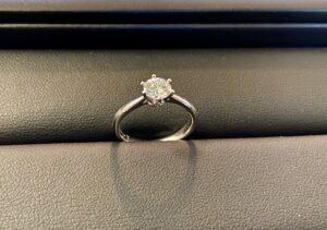 ホワイトゴールド(18金,K18WG)ダイヤモンドリング 0.3カラットをお買取!価格の相場は?